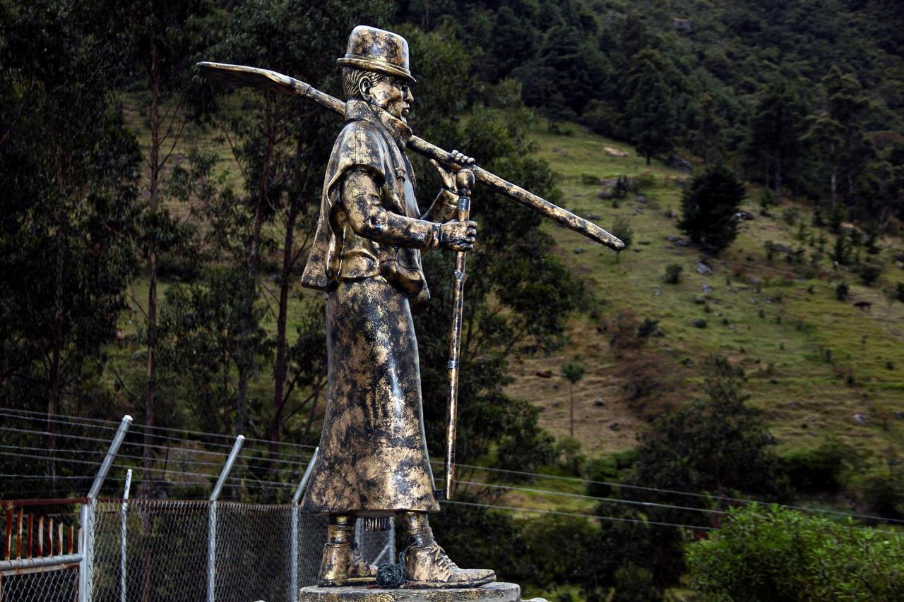 monumento indigena3