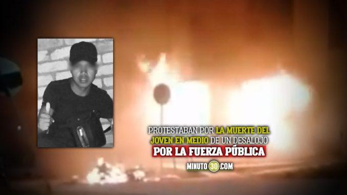 Quemaron la Alcaldía de Cajibío, Cauca, por asesinato de joven