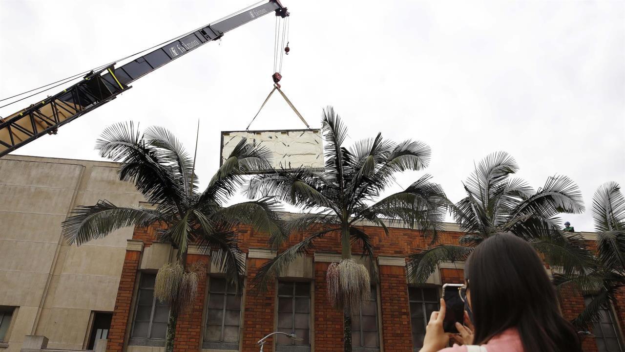 FOTOS: Rescatan mural de Fernando Botero y es trasladado al Museo de Antioquia en Medellín - Noticias de Colombia