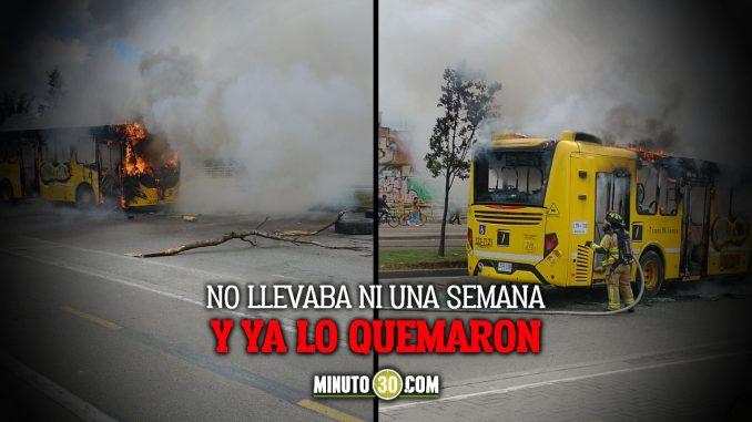 Quemaron bus del Transmilenio que apenas había iniciado operación el sábado