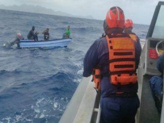 rescataron pescadores a la deriva 2021