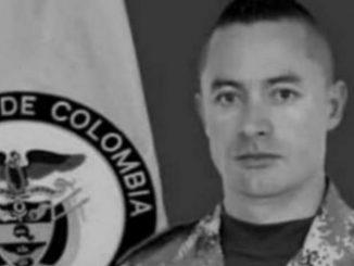 Mataron a bala a un soldado cuando departía en la casa de sus familiares