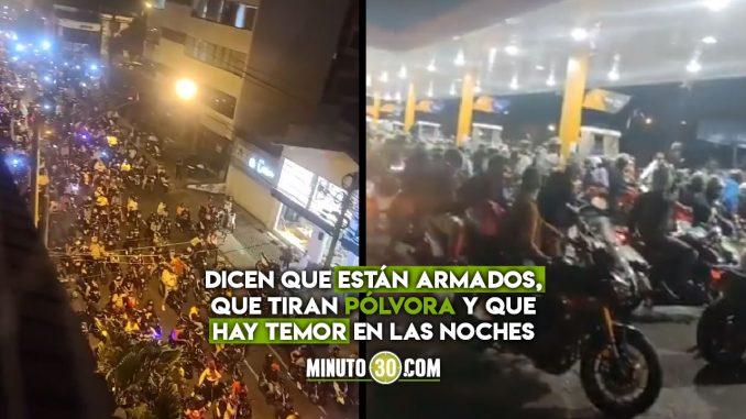 Denuncian que cientos de motociclistas en El Poblado están atracando