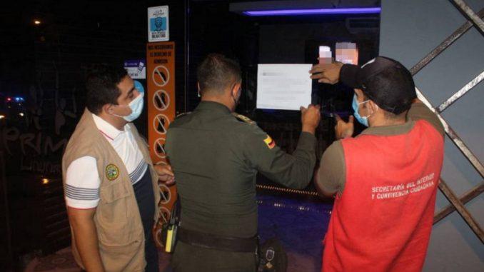Funcionarios cerraron un bar en Cartagena y los amenazaron de muerte