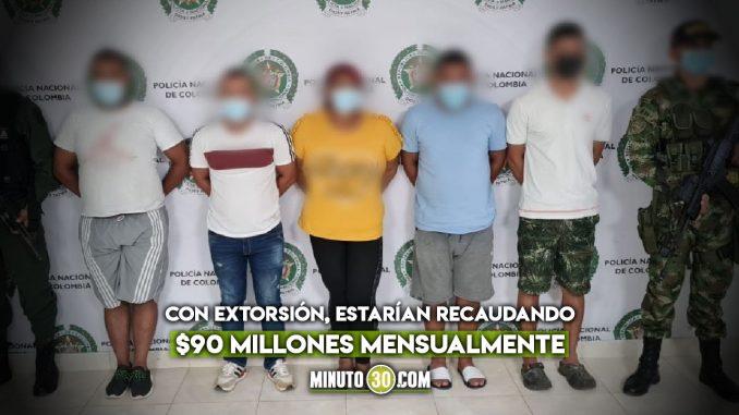 [Video] Era dizque la líder comunal pero la capturaron por extorsionar a la comunidad