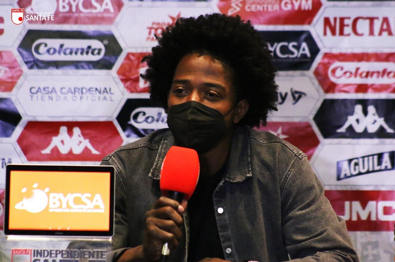 Independiente Santa Fe presento a Carlos Sanchez 1
