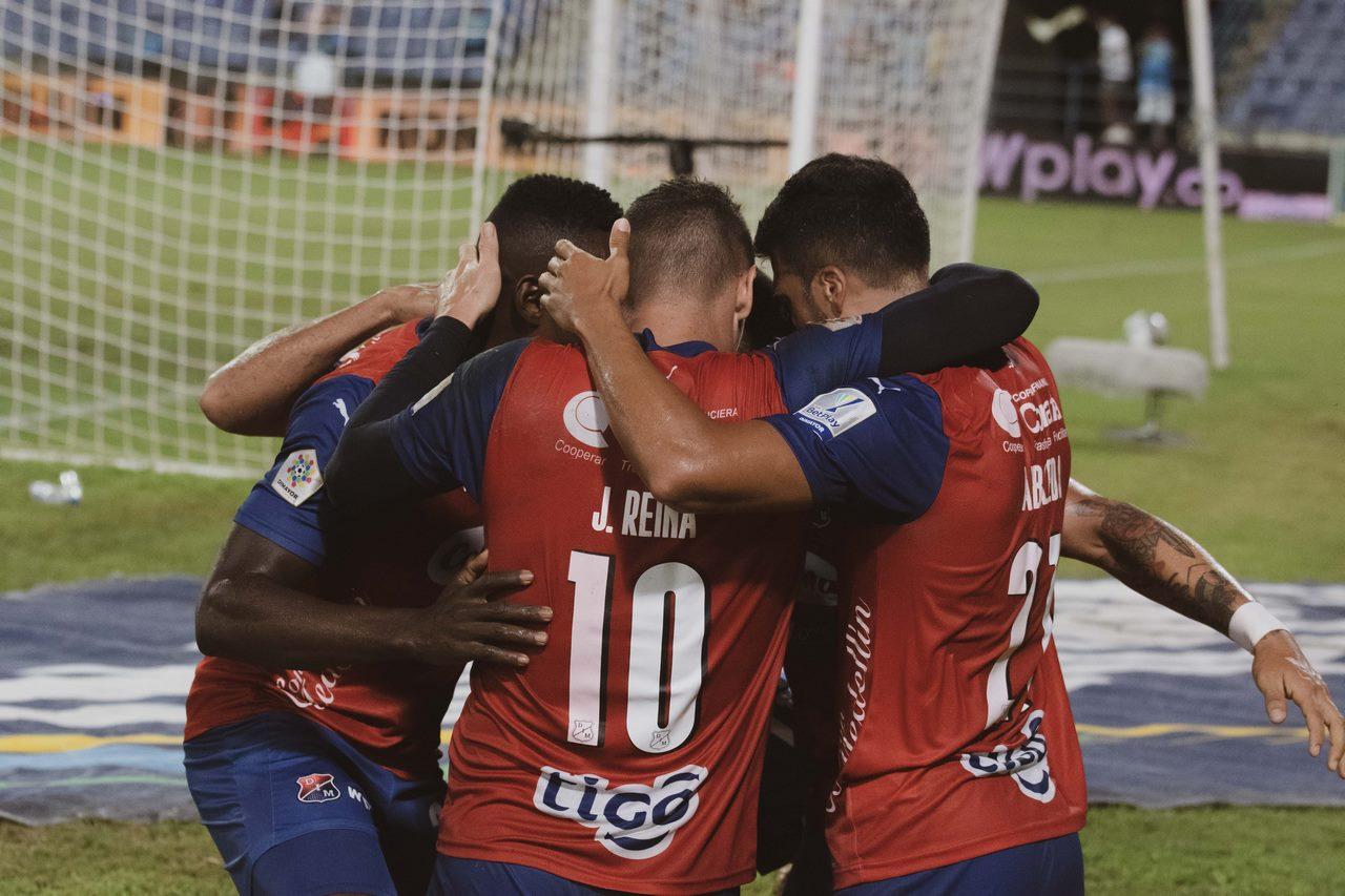 Leonardo Castro celebra gol con Independiente Medellin 11