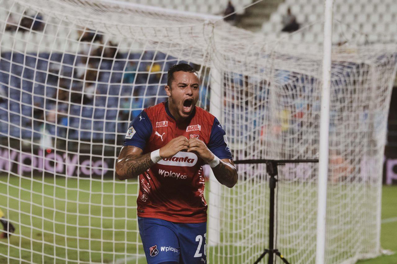 Leonardo Castro celebra gol con Independiente Medellin 17