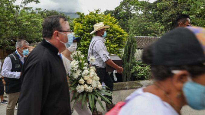 Entregaron a los restos oseos de dos personas que habían reportado como desaparecidas en Dabeiba, Antioquia