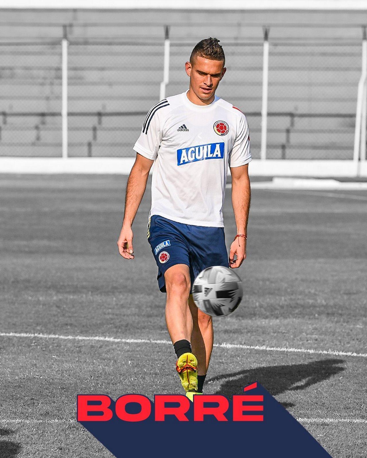Rafael Santos Borre Copiar