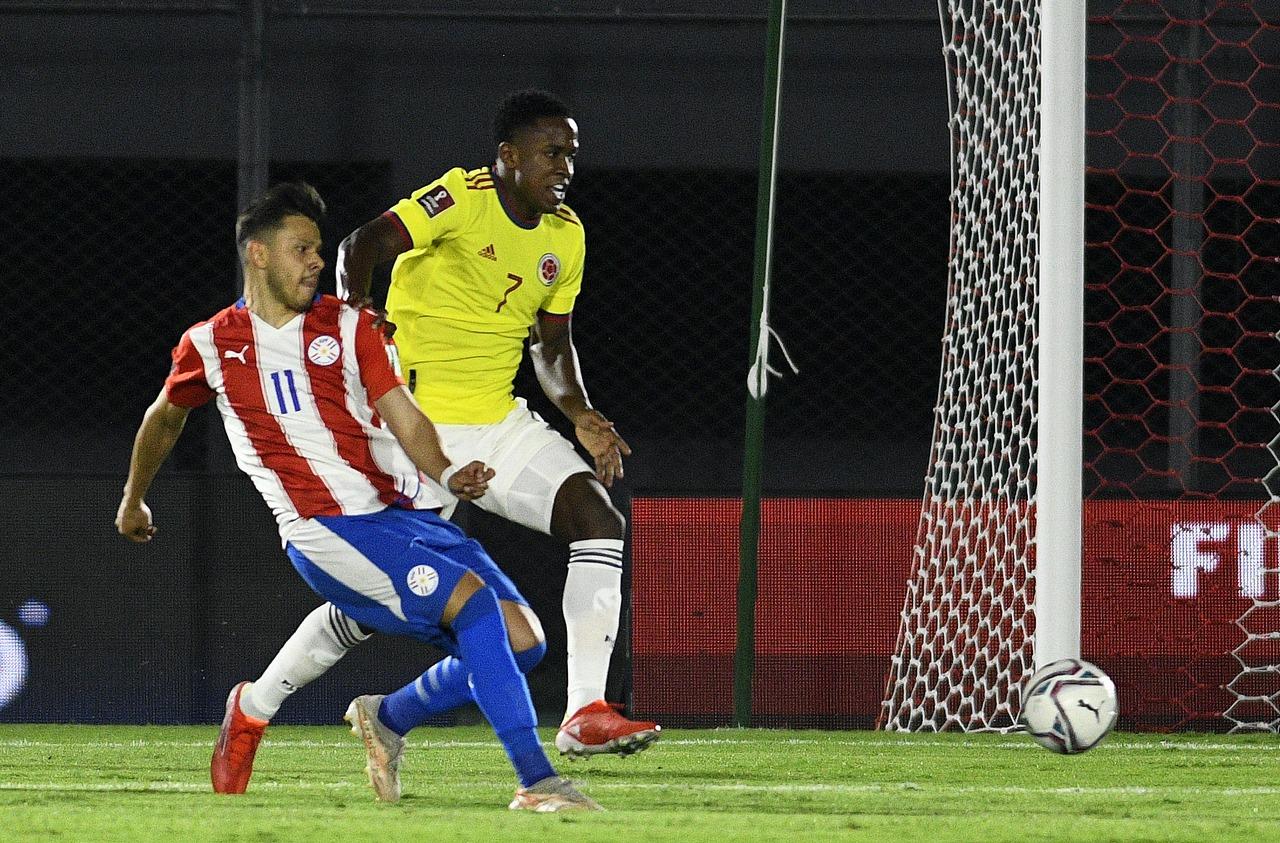 Seleccion Colombia vs Paraguay 4