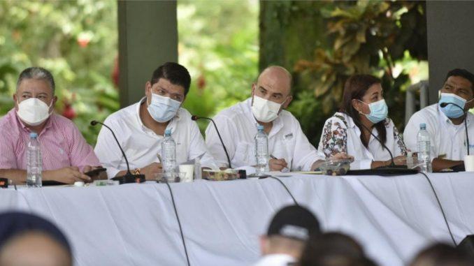Urabá podría convertirse en la puerta de Antioquia y Colombia: Presidente del Senado