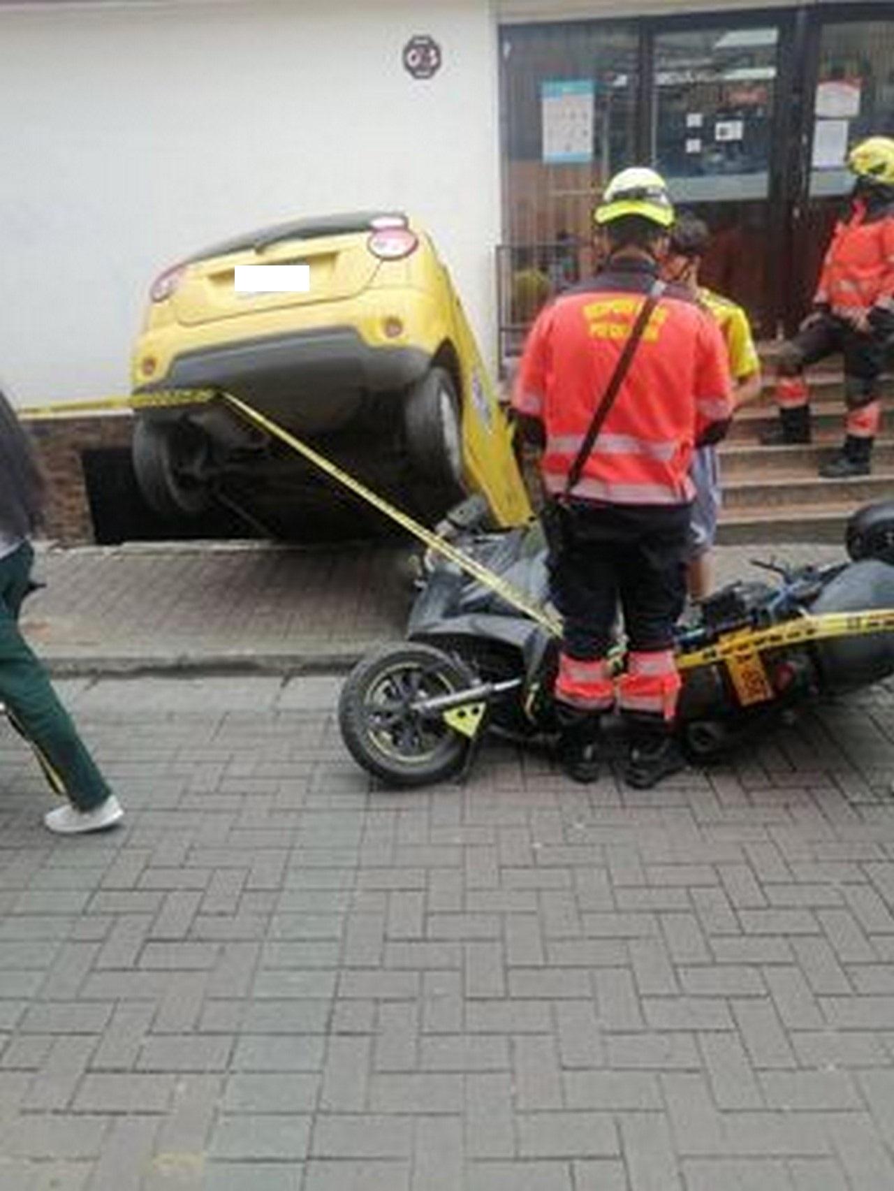 Taxi accidente Santo Domingo 3