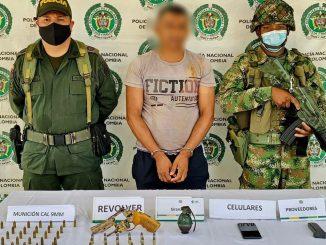 Capturado en Caucasia con revólver y granada
