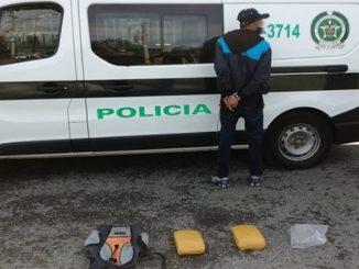 Lo cogieron cuando se bajaba de un bus en Girardota con marihuana escondida en un bolso