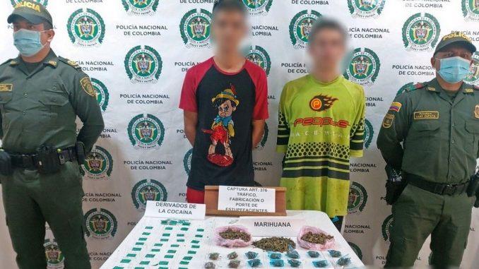 Cogieron a dos presuntos expendedores de 'vicio' en Pueblorrico