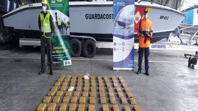 Incautaron 72 kg de clorhidrato de coca en un contenedor