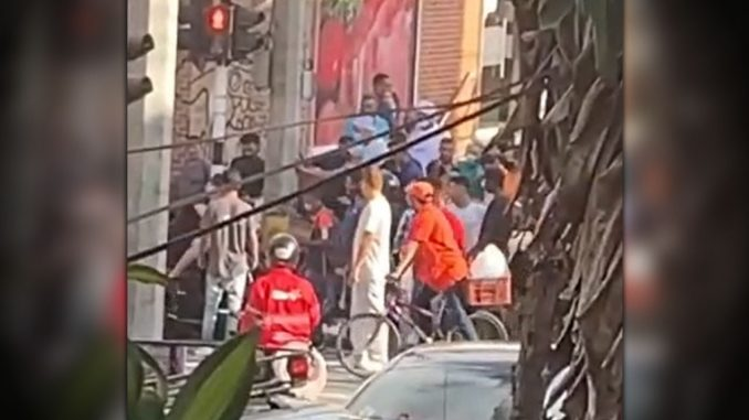 [Video] Reportaron balacera en la calle San juan con 78