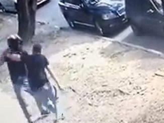 [Video] Ciudadano no se dejó quitar el celular de una 'rata' en Laureles