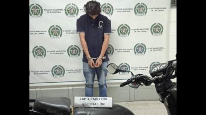Lo sorprendieron dándose un 'roce' por Pedregal en un moto que le habían robado a una mujer