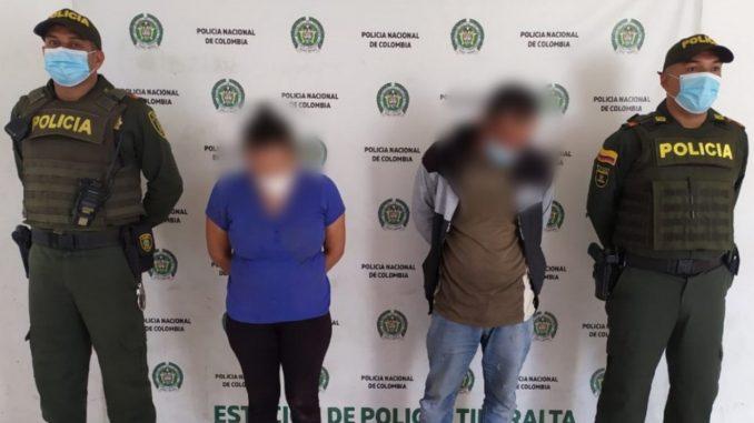 Violencia intrafamiliar: Estaban peleando y los capturaron a los dos