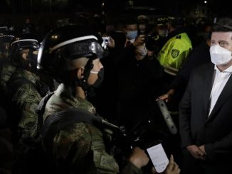 policias militares bogota