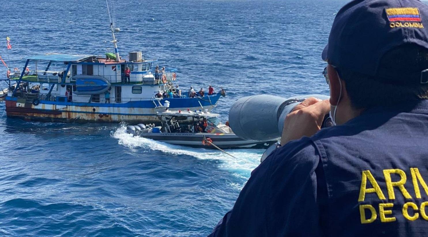 rescate investigadores cientificos isla 1