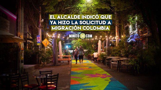 Alcalde de Medellín pidió expulsar al holandés que se paseó con mujer en lencería por Provenza