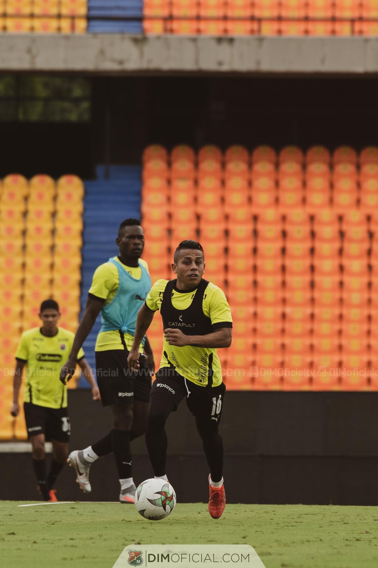 Entrenamiento Independiente Medellin en el Atanasio 4