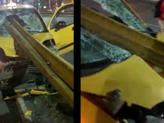¡Vivo de milagro! En la avenida San Juan, un taxista chocó de frente contra las barandas de un puente