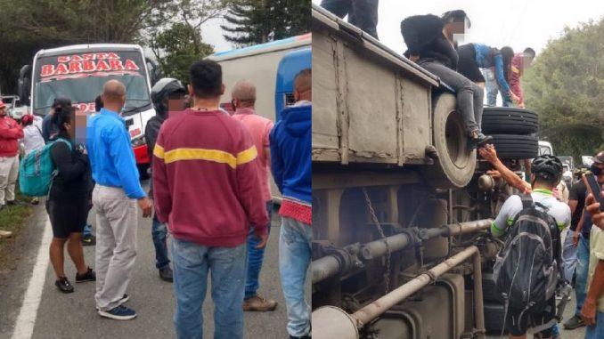 Un bus se volcó en la vía a Santa Bárbara, Antioquia