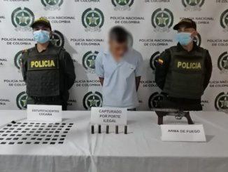 Lo cogieron en Andes con cocaína y un arma de fuego