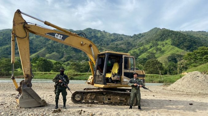 Video: ¡Buen golpe! Más de 500 millones en maquinaria pesada destruida en San Roque