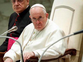 papa francisco salario universal