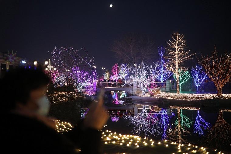 China concluye las celebraciones del Año Nuevo con el Festival de los Faroles