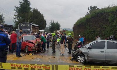 Fuerte accidente en la vía que conduce hacia San Pedro de los Milagros